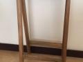 butaco-barra-madera-1-almacen-aurelio-restrepo-j-deko-manizales-caldas-colombia-muebles-decoracion-interiores